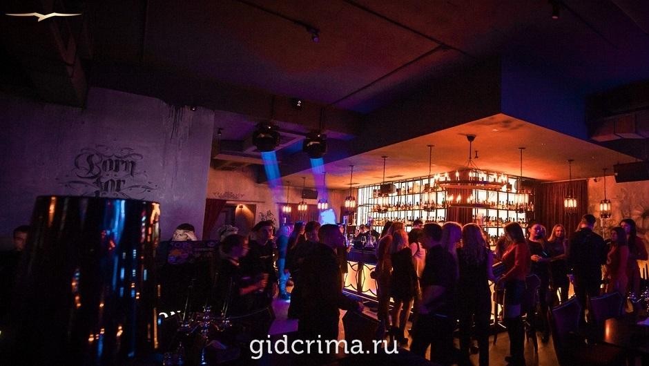 Ночной клуб симферополь отзывы клуб для бокса в москве