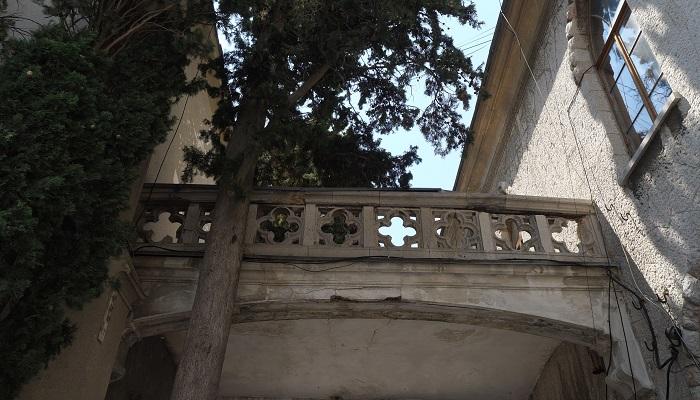 Фото балкона дворца графини Паниной в Крыму