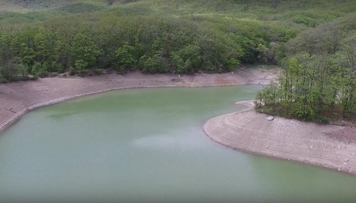 Озеро Ворон