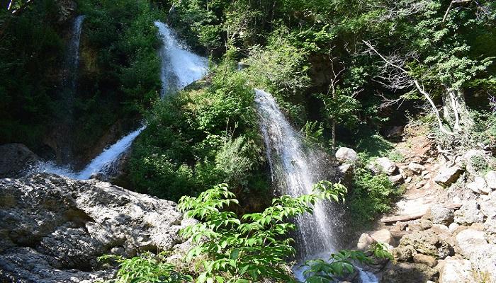 Фото Водопад рядом с Красной пещерой в Крыму