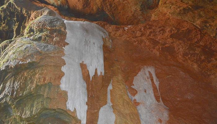 Фото Пещера Бузлук