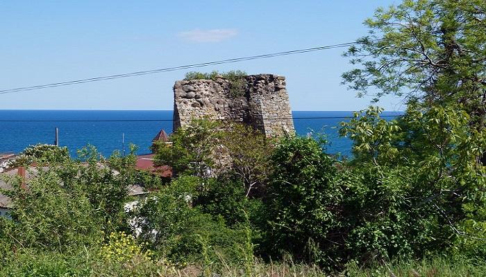 Фото Руины алуштинской крепости