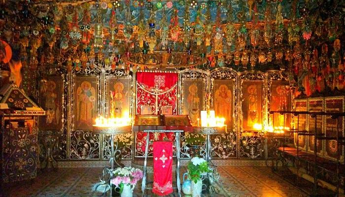 Фото Бисерный храм в Крыму