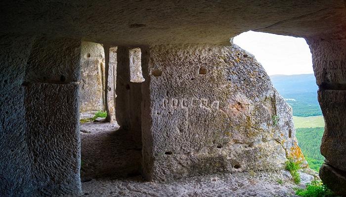 Фото Пещерное жилище
