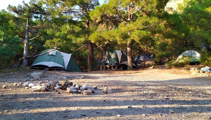 Палаточный лагерь Инжир