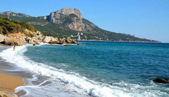 Пляжи бухты Ласпи Крым