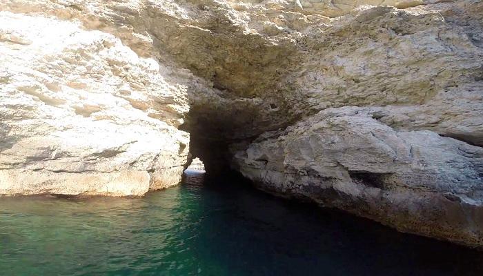 Фото Сквозной тоннель мыса Малый Атлеш