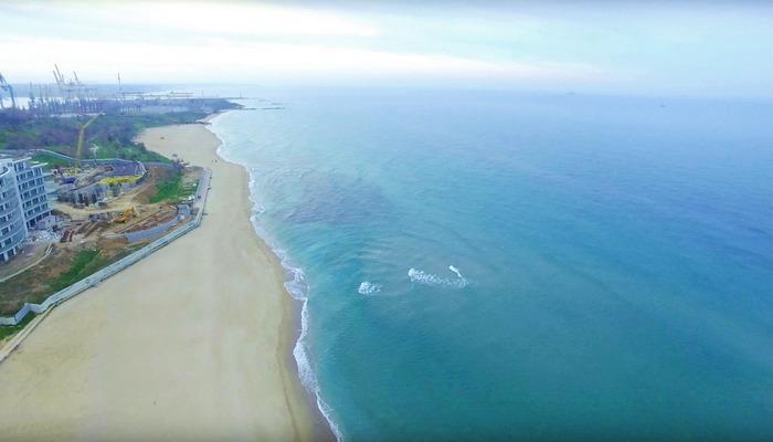 Фото Центральный пляж Черноморского