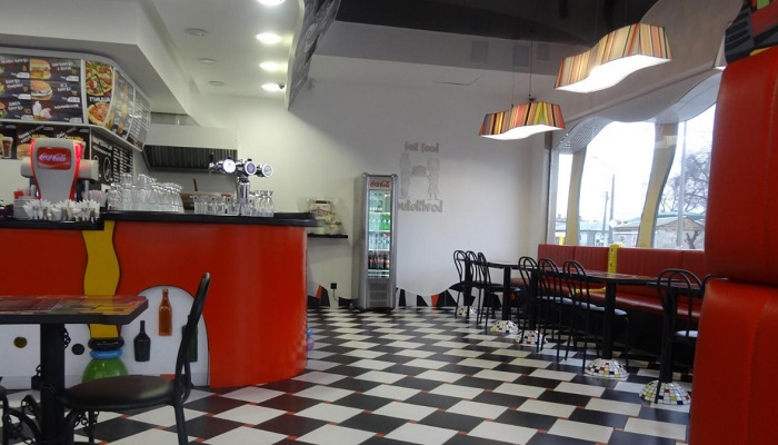 Интерьер кафе ButeRbrod Евпатория