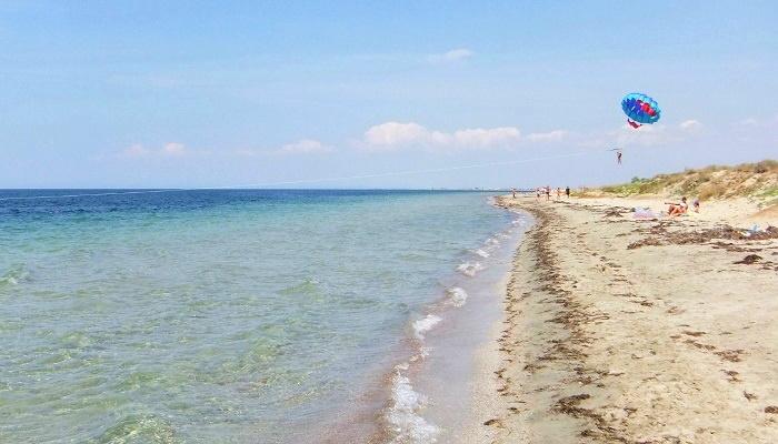Пляж поселока Витино Крым
