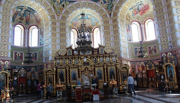 Фото Молитвенный зал Свято-Николаевского собора
