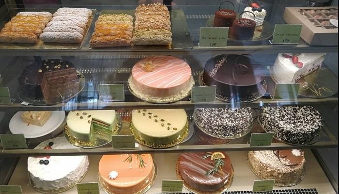 Торты в ресторане Мадам ЖуЖу в Евпатории