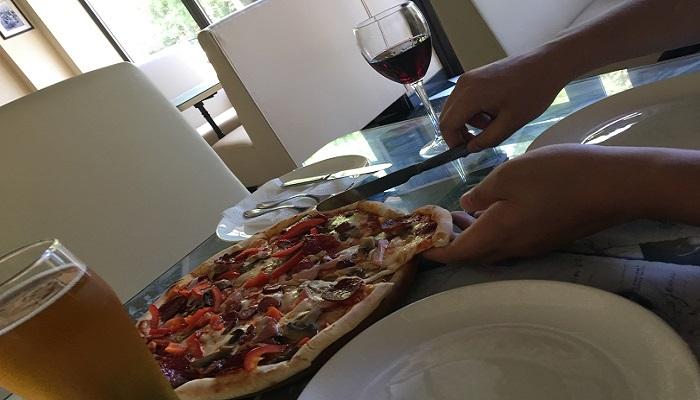Вкусная пицца в Евпатории