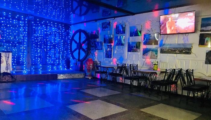 Большой зал таверна Ладья Феодосия