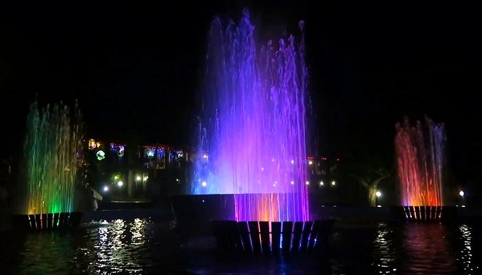Светомузыкальный фонтан Феодосия