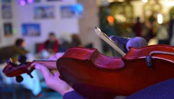Живая музыка таверна Ладья Феодосия