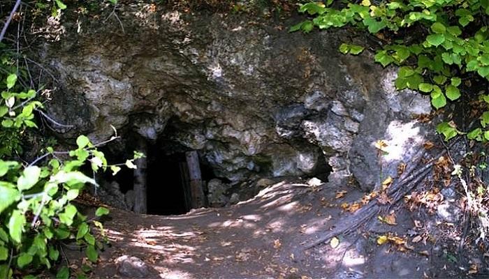 Фото Пещера Ухо Зели на Эчки-Даге