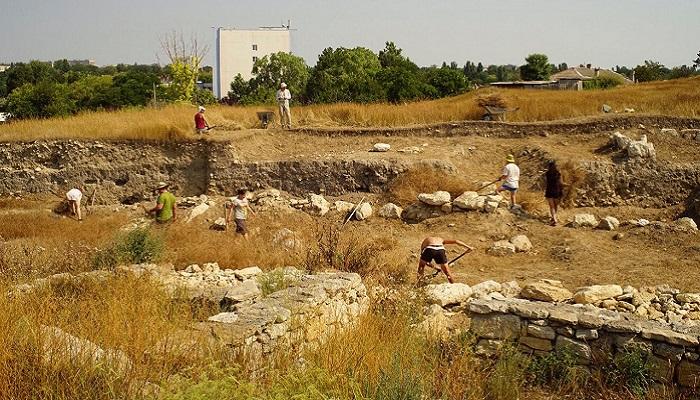 Фото Археологический раскопки в Керчи