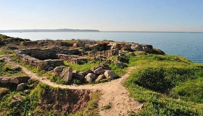 Древний город Мирмекий