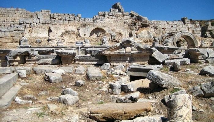 Древний город Нимфей