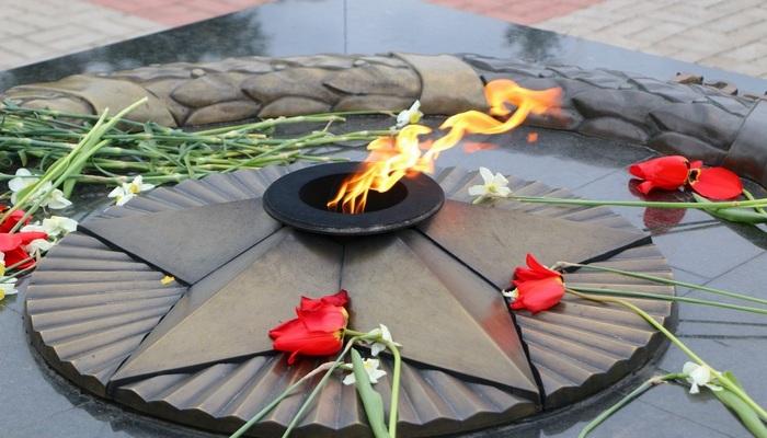 Вечный огонь в Керчи