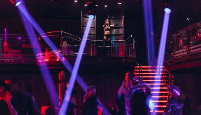 Чери клуб ночной вакансии в брянске ночные клубы