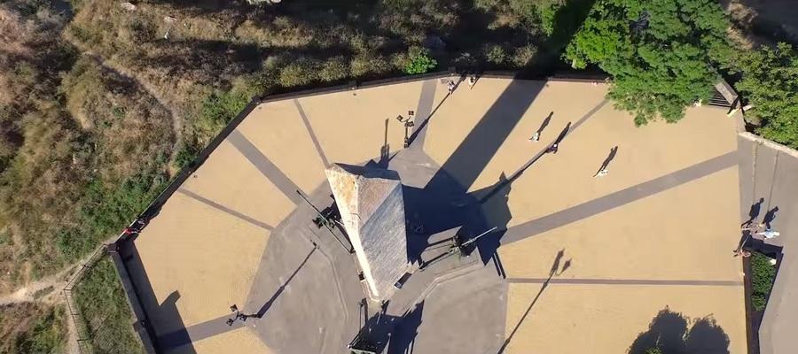 Обелиск Славы в Керчи