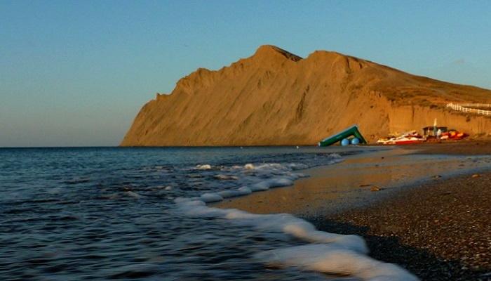 Пляж у мыса Хамелеон Коктебель
