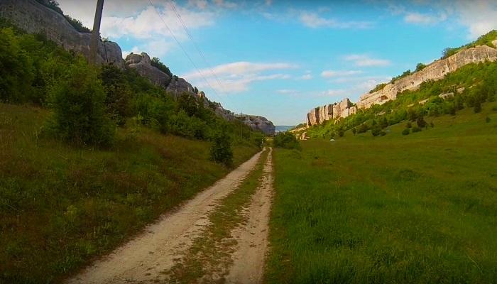 Фото Дорога в замок Кыз-Куле