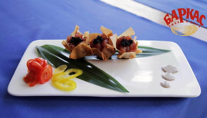 Фото Рыбное блюдо в ресторане Баркас