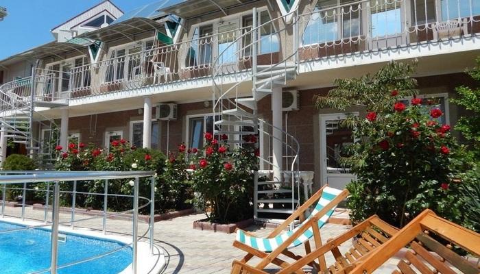 Отель Крымский дворик