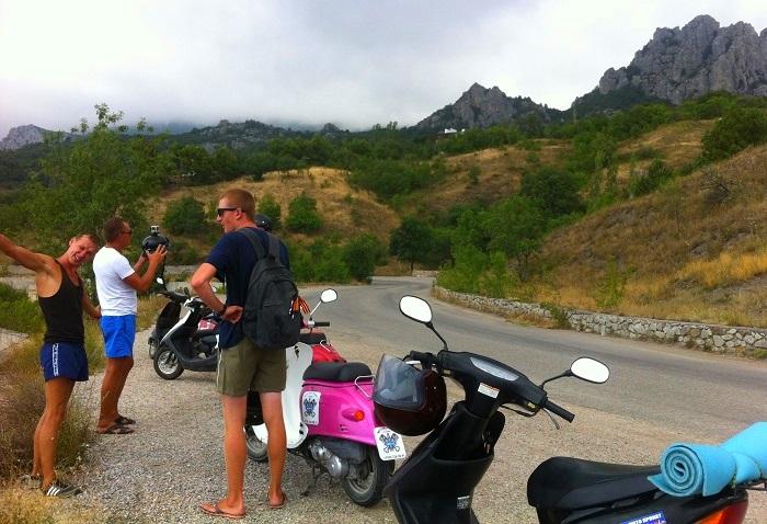 Покататься на скутере в Крыму