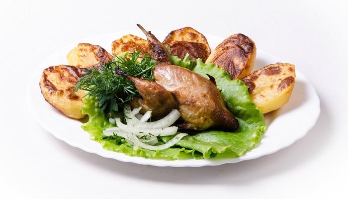 Мясные блюда кафе Блинная в Керчи