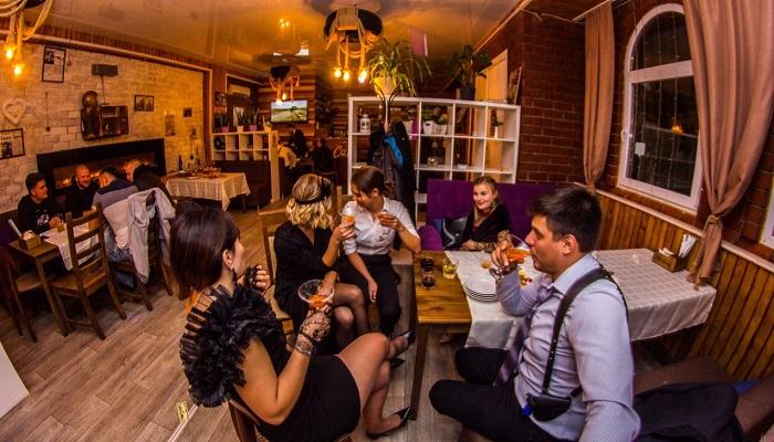 Отметить день рождения в кафе Garag в Бахчисарае