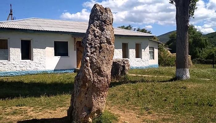 Фото Скельские менгиры село Родниковое Крым
