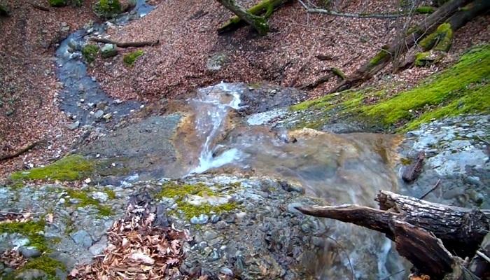 Фото Водопад Лесная фея Крым