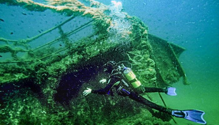 Затонувшее сухогрузное судно Ибрагим Тарханкут