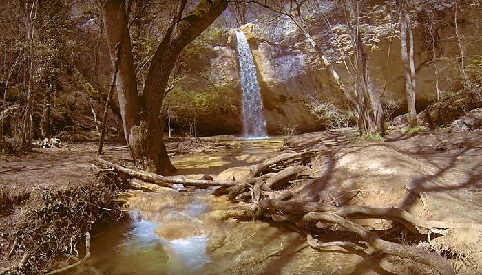 Фото Водопад Козырек в Крыму