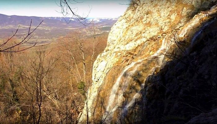 Фото Высота падающей воды