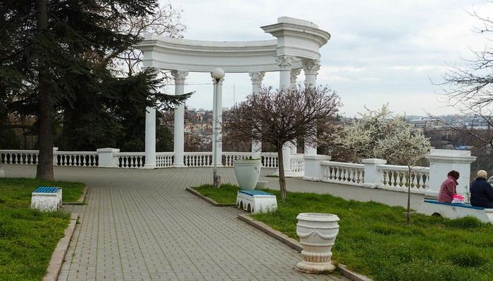 Комсомольский парк в Севастополе