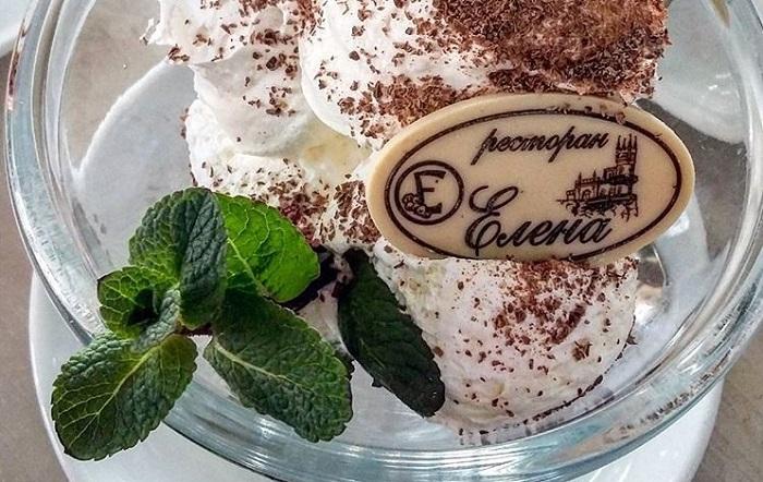 Фото Мороженное в ресторане Елена