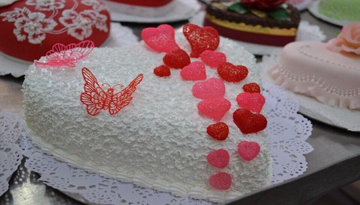Торт кондитерской Медоборы Ялта