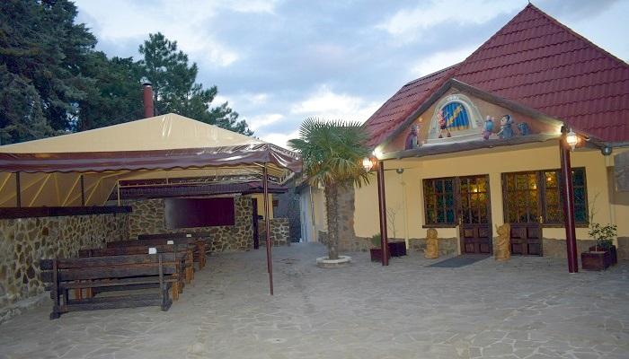 Территория Траттория Папа Карло Севастополь