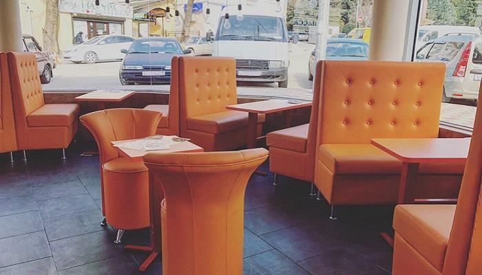 Зал кафе Спагетти клаб Ялта