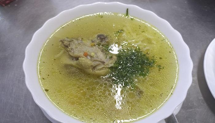 Куриный суп в Щебетовке в Крыму