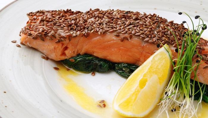 Горячая рыба в ресторане Лосось в Бахчисарае