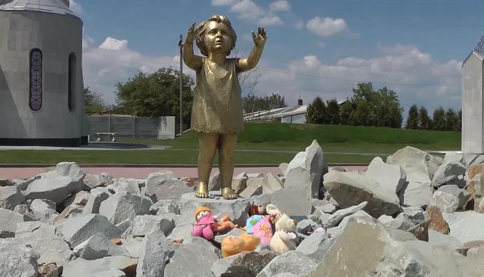 Памятник детям погибшим в концлагере Красный Крым