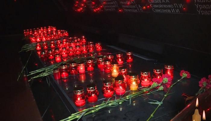 Свечи памяти мемориальный комплекс концлагерь Красный в Симферополе