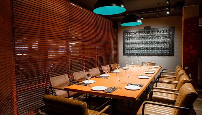 Зал для проведения торжеств и банкетов ресторана Симферополя
