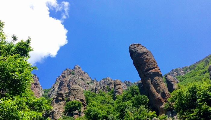 Фото Долина Привидений в Крыму